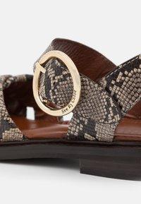 See by Chloé - LYNA FLAT - Sandals - dark beige - 6
