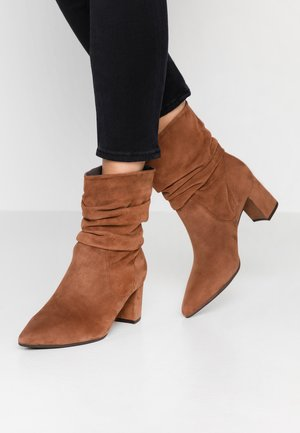 BRIA - Classic ankle boots - sable