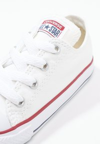 Converse - CHUCK TAYLOR ALL STAR - Baskets basses - blanc - 5