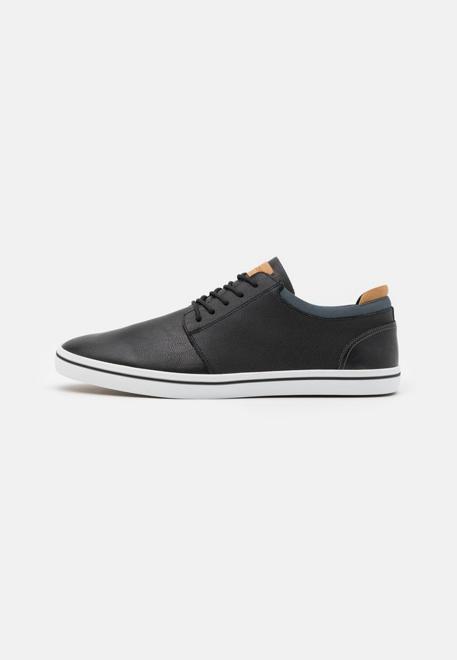 DWAIN - Sneaker low - black