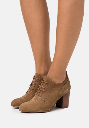 MADELINE - Lace-up heels - marvin/morgan stone/cobre