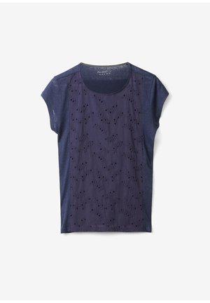 MIT LOCHSTICKEREI - T-shirt basic - dark steel blue