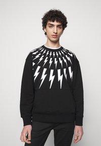 Neil Barrett - FAIR ISLE THUNDERBOLT - Sweatshirt - black/white - 0