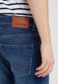 BOSS CASUAL - Straight leg jeans - medium blue - 3