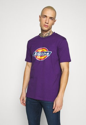 HORSESHOE TEE - Print T-shirt - deep purple