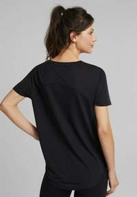 Esprit Sports - MIT LOGO-PRINT - Print T-shirt - black - 2