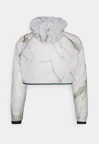 EA7 Emporio Armani - 2-IN-1 - Summer jacket - off-white - 2