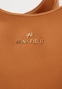 Anna Field - Kabelka - cognac - 4