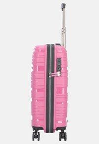 Travelite - MOTION 4-ROLLEN - Luggage - rose - 2