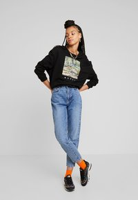 Gina Tricot - DAGNY HIGHWAIST - Relaxed fit jeans - blue snow - 1