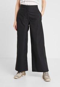 Didriksons - MALVINA WOMEN'S PANTS - Outdoor trousers - black - 0