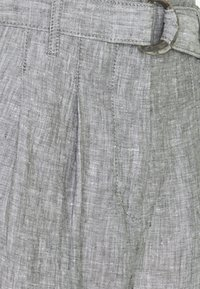 Marks & Spencer London - Pantalones - light grey - 2