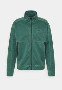 Nike Sportswear - WASH REVIVAL - Chaqueta de entrenamiento - galactic jade - 0