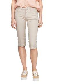 QS by s.Oliver - Denim shorts - beige - 5