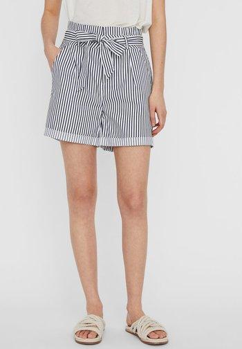 PAPERBAG - Shorts - snow white
