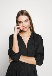 N°21 - Robe d'été - black - 5