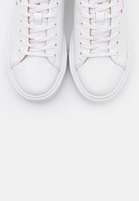 Ted Baker - PIIXIER - Joggesko - white - 5