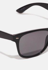 Selected Homme - SLHBOB SUNGLASSES - Sunglasses - black - 3