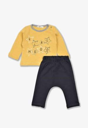 Kind Mood Baby Two Pieces Set (0 to 3 years) - Pantaloni - mustard yellow