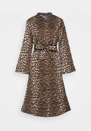 OLLIE - Classic coat - brown