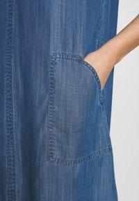 Esprit - DRESS  - Jeanskjole / cowboykjoler - blue medium wash - 5