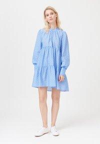 Dea Kudibal - KIRA NS (CO) - Day dress - dot blue - 1