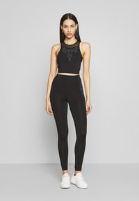 ONLY PLAY Tall - ONPFIONA CROPPED TRAINING TOP - Top - black - 1