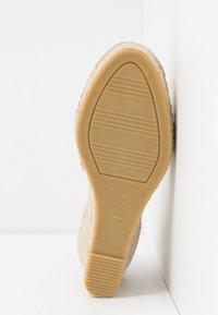Vidorreta - High heeled sandals - nude - 6