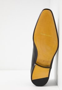 Floris van Bommel - Smart lace-ups - black - 4