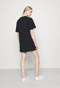 Nike Sportswear - DRESS FUTURA - Vestido ligero - black - 2