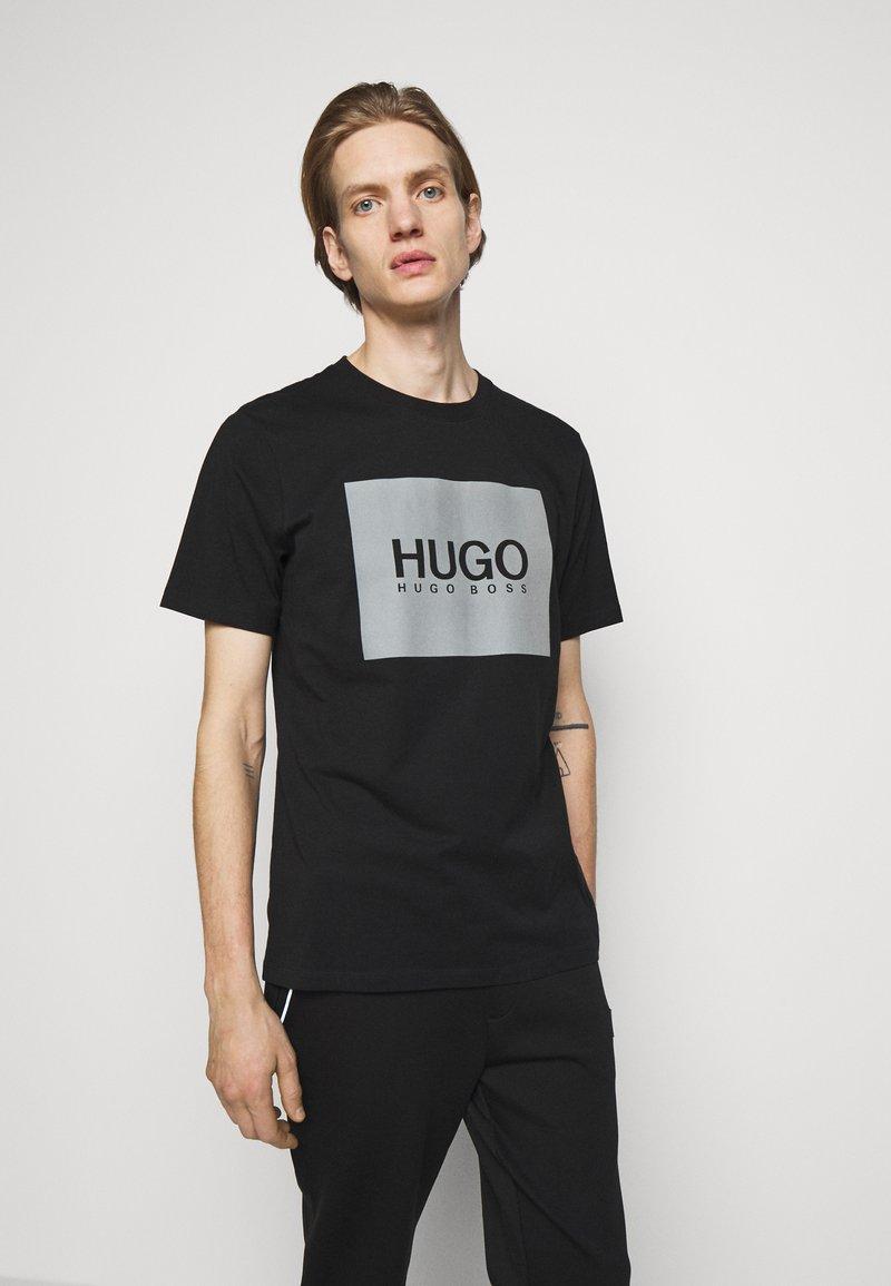 HUGO - T-shirt con stampa - black