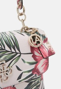 Guess - CHIC SHINE SHOULDER BAG - Bolso de mano - multi-coloured - 3