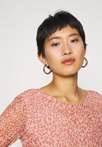 Moss Copenhagen - JAVANA DRESS - Day dress - rose - 3