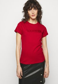 HUGO - THE SLIM TEE - T-shirts med print - medium red - 0