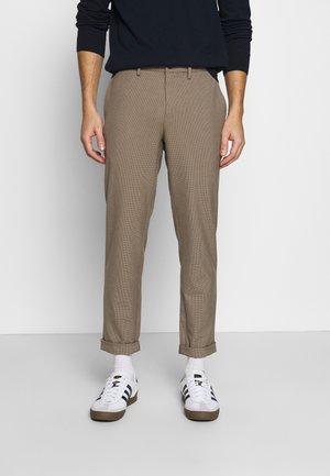 SMART FLEX  - Pantalones chinos - khaki