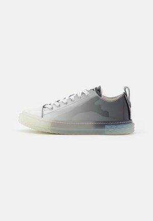 BLABBER - Sneaker low - estella/multi grigio
