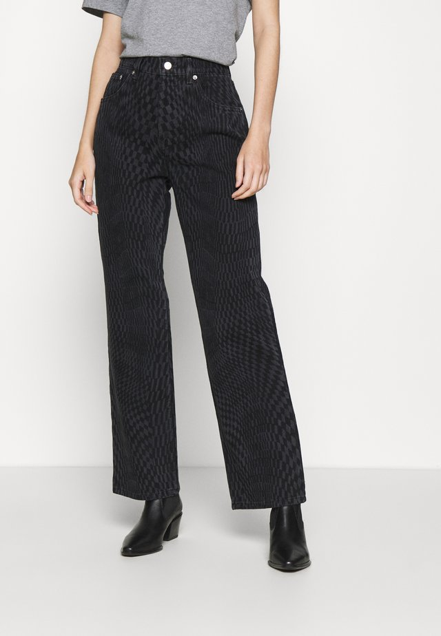 WARP RUNWAY - Relaxed fit jeans - black