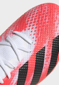 adidas Performance - PREDATOR 20.3 FG - Moulded stud football boots - ftwwht/cblack/pop - 6