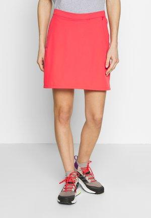 HILLTOP TRAIL SKORT  - Sports skirt - tulip red