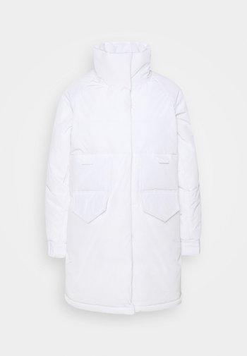 AUBREY - Winter jacket - white