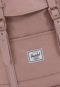 Herschel - RETREAT MID VOLUME - Rucksack - ash rose - 6