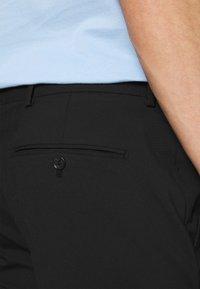 Selected Homme - SLHSLIM MYLOLOGAN CROP - Pantaloni - black - 3