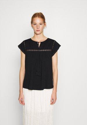 VICTORIANA - Print T-shirt - black