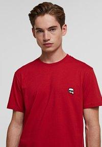 KARL LAGERFELD - IKONIK - Basic T-shirt - red - 3