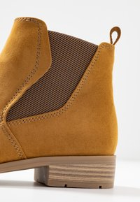 Marco Tozzi - Ankle Boot - mustard - 2