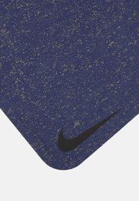Nike Performance - FLOW MAT 4 MM UNISEX - Fitness / Yoga - midnight navy - 2
