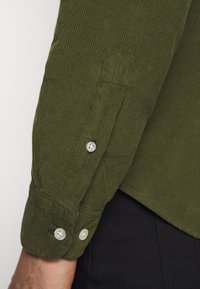 forét - MOSS SHIRT - Shirt - army - 3