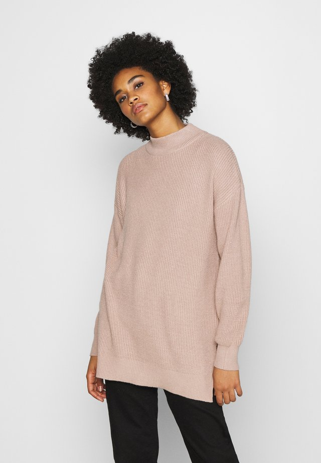 SIDE SLIT - Strickpullover - beige