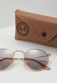Ray-Ban - ROUND METAL - Sonnenbrille - gold-coloured - 3