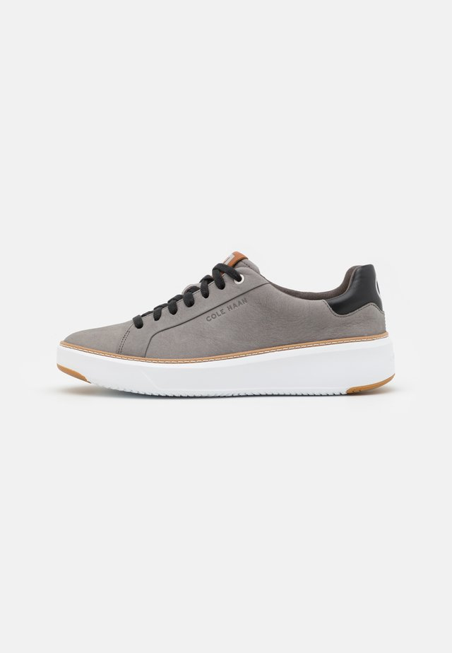 GRAND PRO TOPSPIN  - Sneakers laag - iron stone